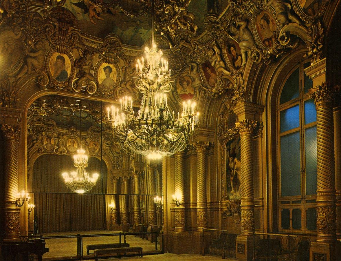 Grand Foyer De L Art Roman : Le foyer de la danse